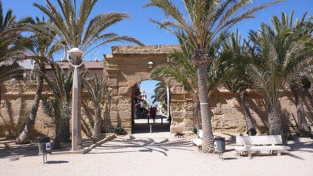 Tabarca: actividades al aire libre en Alicante