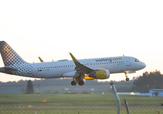 aeropuerto de asturias - vueling