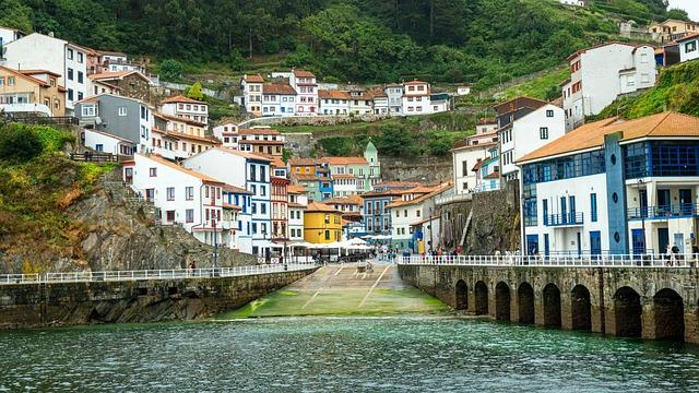 pueblos mas bonitos de españa 2021 cudillero asturias