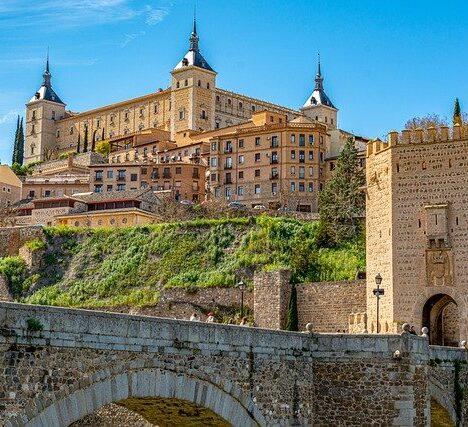 Aeropuerto de Asturias: Opciones para volar este verano 2021