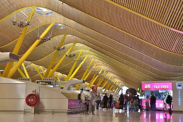 aeropuerto de madrid adolfo suarez