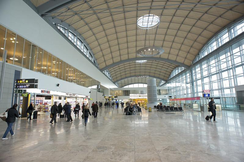 aeropuerto alicante elche - entre los mas seguros