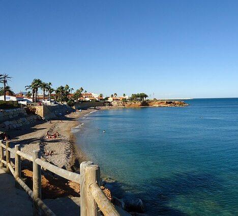9 pueblos costeros de España para escapar este verano